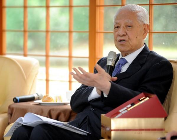 前總統李登輝認為柯P從一個政治素人走到現在,獲得許多市民的支持,顯示現在台灣的政黨政治,無法滿足人民的需求。(資料照,記者朱沛雄攝)