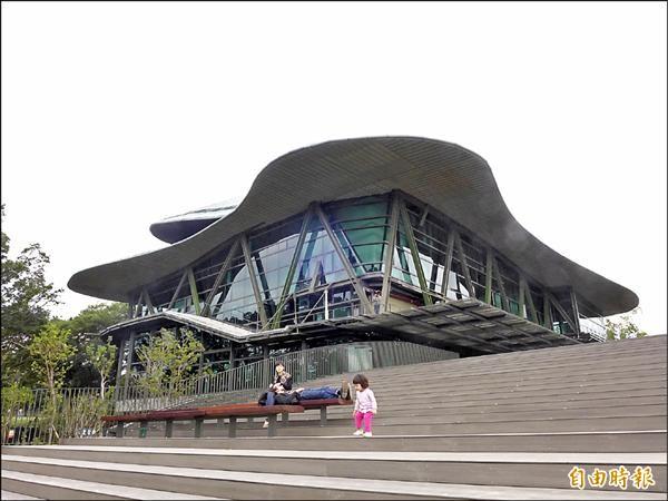 雲門舞集淡水文化藝術教育中心,預計在明年四月正式啟用營運。(記者李雅雯攝)