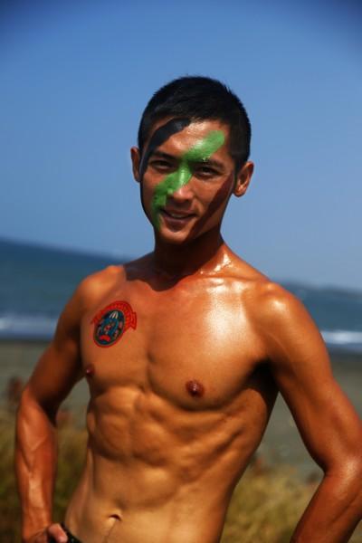 兩棲偵搜大隊水中爆破中隊上士劉榮根。(圖由海軍司令部提供)