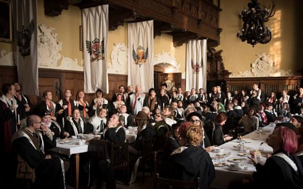 全球第一間魔法學院就座落在波蘭的茨左查城堡。(圖片擷取自telegraph.co.uk)