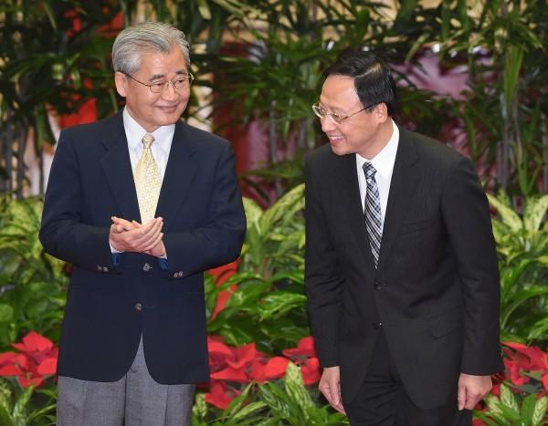 即將接任閣揆的行政院副院長毛治國(左)內閣名單中,包括他自己,有6人皆為土木系背景出身。(記者廖振輝攝)
