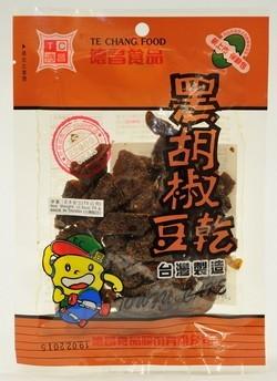 台灣德昌食品生產的黑胡椒豆干,被驗出含有香港禁用的食物染色料「二甲基黃」。(圖片截取自香港食物安全中心網站)