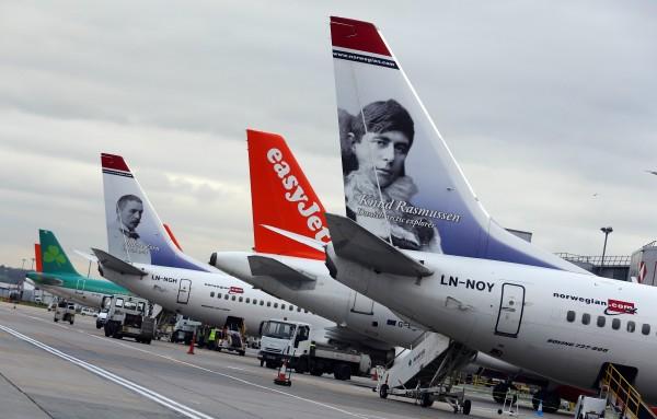 美媒列出13個民眾購買機票的迷思。(彭博)