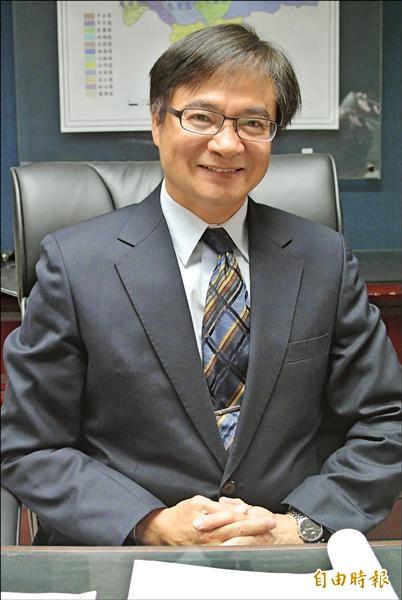 新科台北市民政局長藍世聰認為,台北燈節「形式上一定要改變」,並應交由懂行銷的觀光傳播局來主辦更適合。(記者邱紹雯攝)