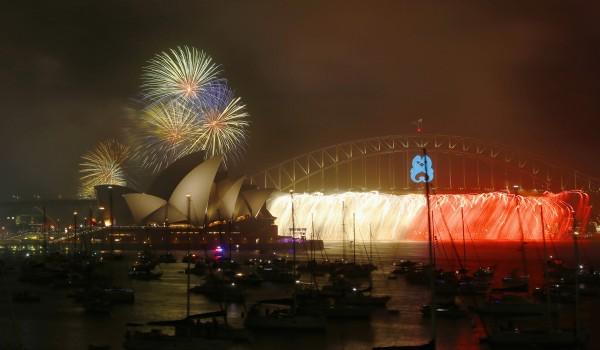 雪梨歌劇院的的跨年煙火秀。(路透)