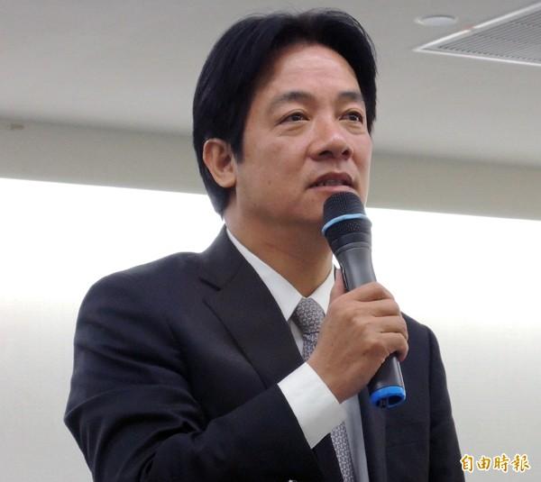 台南市長賴清德昨宣布,市議長李全教涉及賄選案的司法未釐清前,他將不計毀譽,選擇不進入議會。(記者洪瑞琴攝)