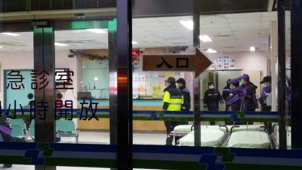 死傷者現都送往衛福部桃園醫院新屋分院。(記者林子翔攝)