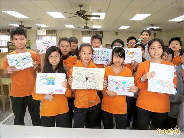 惠文國中部引進心智圖教學,引導學生創意及統整能力。(記者蘇孟娟攝)
