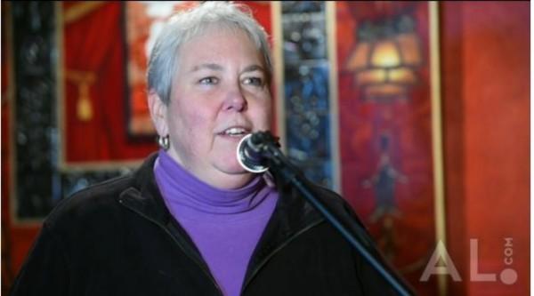美國阿拉巴馬同志立委派翠卡陶德,對其他立委反同言論大感不滿,在個人臉書上宣告要揭露其他立委的婚外情。(AL.com)