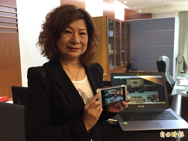 下週開始手機和平版也可以看市議會開會實況(記者盧賢秀攝)