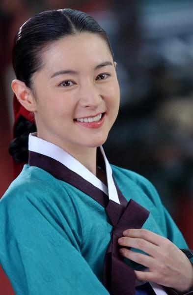 李英愛夫婦遭南韓網友散佈不實謠言,南韓法院昨對該網友處以罰款。(翻攝自網路)