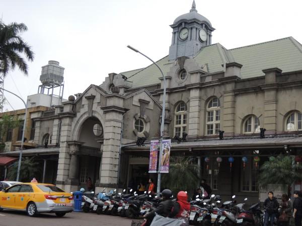 擁有百年歷史的新竹車站,本月將和東京車站締結姊妹站。(資料照,記者洪美秀攝)