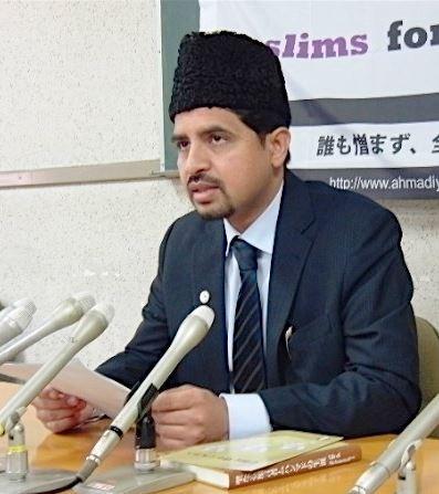 日本穆斯林協會本部長要求該出版社停止刊出查理周刊相關內容。(圖擷取自《日本新聞網》)