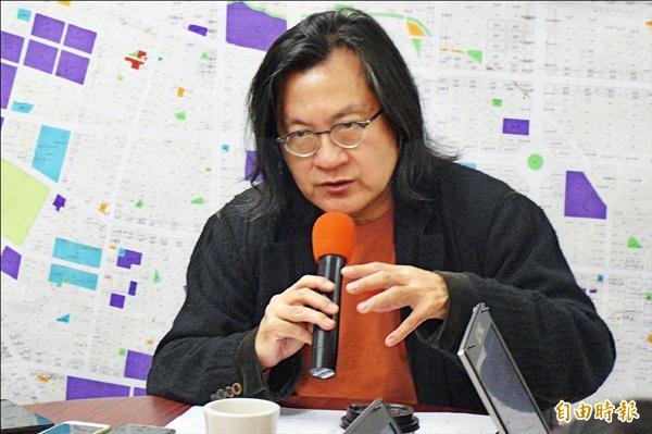北市都發局長林洲民昨說,4年內將興建2萬5千戶公共住宅。(記者涂鉅旻攝)