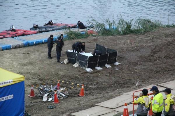 最後一名失蹤者遺體上岸,復興空難43位罹難者遺體已全數尋獲。(記者謝君臨攝)
