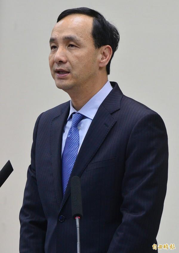 國民黨下午舉行中常會,主席朱立倫(見圖)宣布立法院長王金平依然擁有黨籍。(記者陳志曲攝)