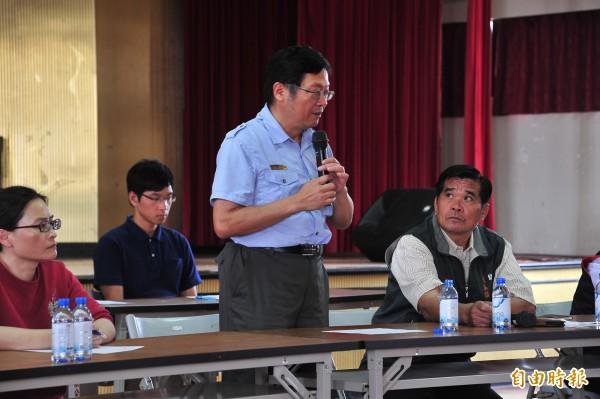 墾管處長劉培東解釋執法誤會。(記者蔡宗憲攝)