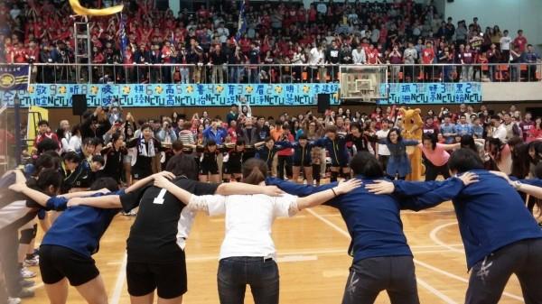 本屆梅竹最終女排賽,由交大以直落三的比數獲勝。(交大提供)