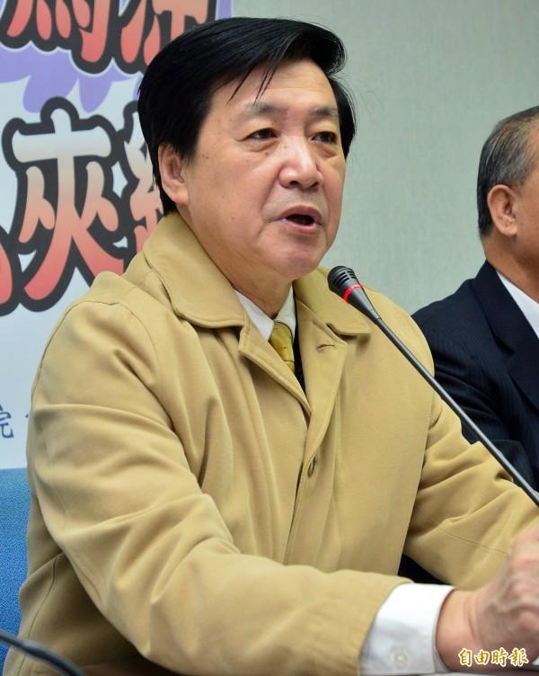 費鴻泰表示,「加薪不是罪惡」,公務人員要加薪「不用不好意思」。(資料照,記者王藝菘攝)