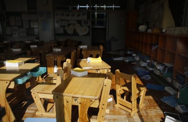 福島核災將滿4週年,圖為災區的廢棄教室。(路透)