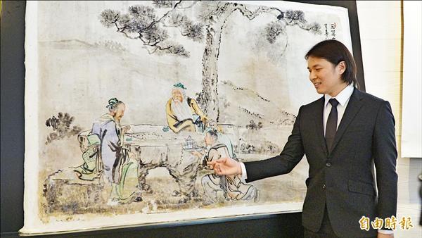 修復師蔡舜任率領的團隊,完成國內首次非破壞性濕壁畫移植。(記者黃欣柏攝)