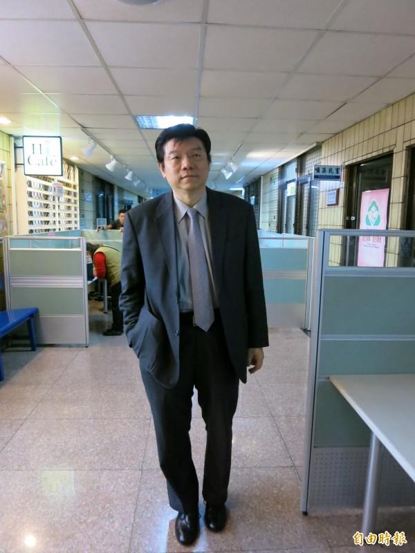 不滿被報導是援交妹,劉喬安控《壹週刊》涉妨害秘密罪,《壹週刊》社長裴偉出庭說明。(記者陳慰慈攝)