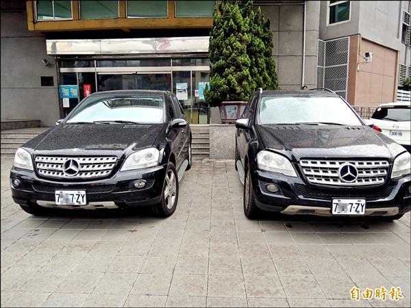 同款同型同色、原價400萬的賓士RV車,遭變造成AB車,幽靈車滿街跑被警查獲。(記者黃良傑攝)