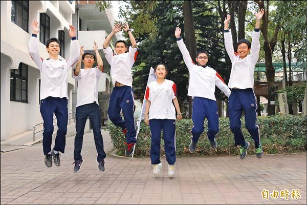 斗六高中繁星推薦有6位通過醫學系第一階段。(記者詹士弘攝)