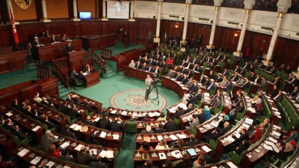 突尼西亞國會今天傳出遭持槍歹徒挾持,目前已傳出至少8人死亡。(圖擷自RT.com)