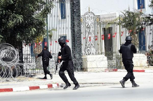 突尼西亞博物館挾持案落幕,共造成11死、21傷。(法新社)