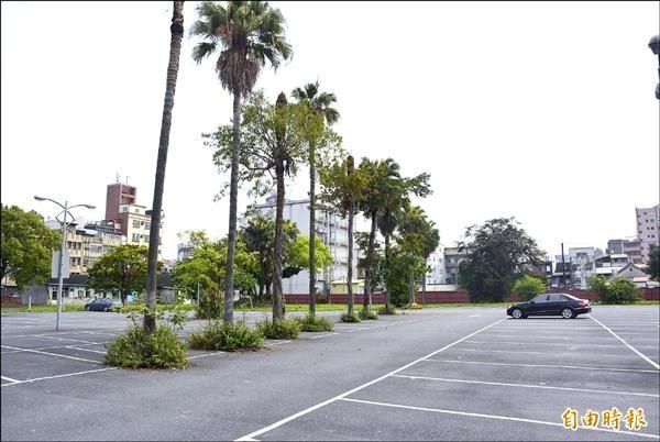 宜蘭市204停車場都更案,國防部將拉低回饋比例,引起極大爭議。(記者游明金攝)