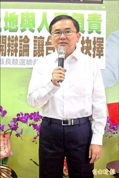 立委劉櫂豪表示,當務之急是為台東爭取解決交通問題。(記者張存薇攝)