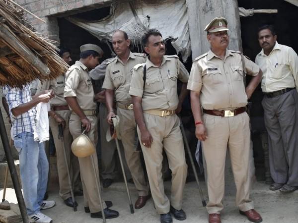 印度政府將提升女警員額,希望促進女權及性別意識,卻也有人擔憂女警人身安全。(路透社)