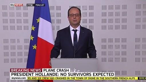 法國總統歐蘭德說,機上148人恐已全部罹難。(圖取自Daily Mirror)