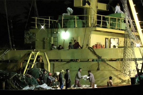 經長期追蹤,媒體揭露漁獲背後的緬甸奴工哀歌。(美聯社)