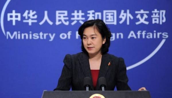 中國外交部發言人華春瑩表示,已嚴正向美方表達,希望美國遵守「一中」政策。(圖擷自中國外交部)