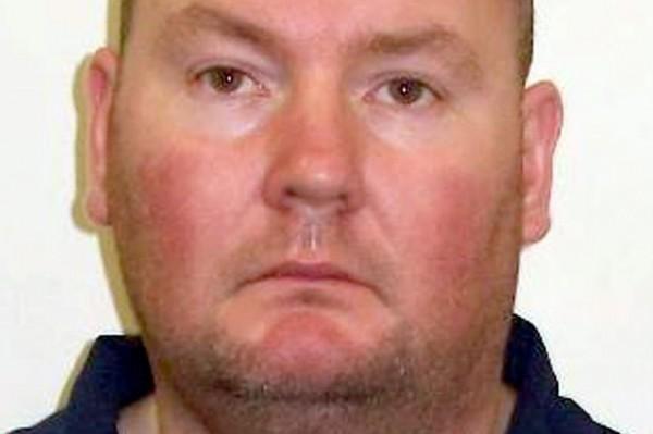 蘇格蘭男子馬錫森狂砍一名妓女44刀後,在屍體血泊中性侵另外2名女子,今日在法院中承認自己的恐怖行徑。(圖擷取自《鏡報》)