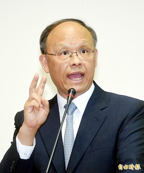 經濟部長鄧振中。(記者方賓照攝)