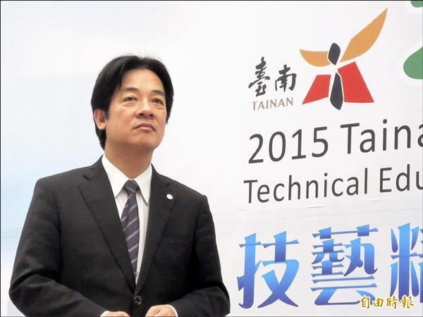 台南市長賴清德堅守李案「司法未釐清前不進議會」立場。(記者洪瑞琴攝)