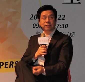 李開復昨天在臉書上提出了「給熱血創業青年的八桶冷水」。(記者賴筱桐攝)