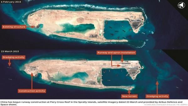 中國正在南沙群島永暑礁填海造陸取得的部分土地上興建首條機場跑道。(圖擷取自《IHS Jane's Defense Weekly》)