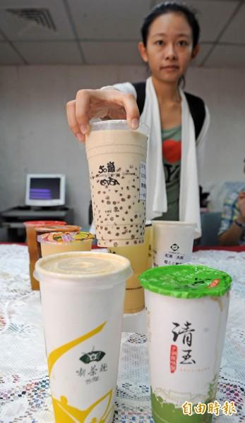 台灣人愛喝茶飲。(資料照,記者王敏為攝)