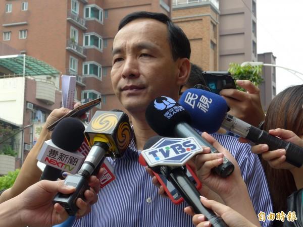 新北市長朱立倫談及網路霸凌指出,「台灣的民主、自由已經走向比較惡質循環的情況」。(記者李雅雯攝)