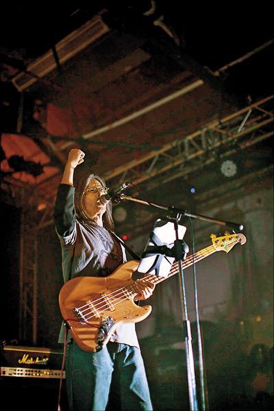 2014年搖滾主耶穌參與「No Nukes! Long Play!不核作演唱會」。(蕭福德提供)