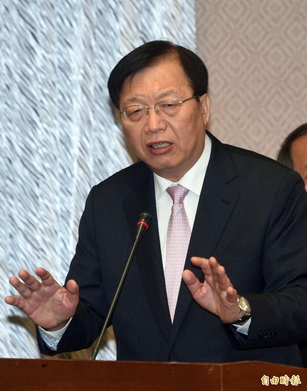 內政部長陳威仁今早受訪表示,國共論壇是否與城市交流相關,要由聯審小組開會審查。(資料照,記者王敏為攝)