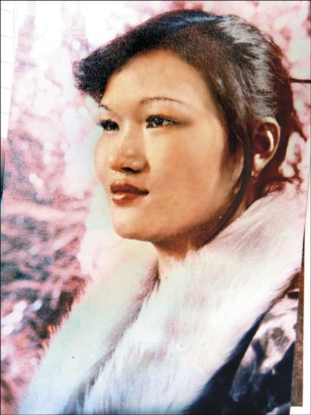 周文江溺斃公寓水槽,母親30多年前,也跳水身亡。(記者吳仁捷翻攝)