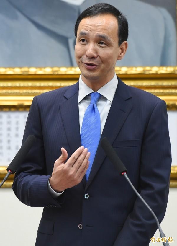 國民黨主席朱立倫今天召開記者會說明出訪中國行程。(記者張嘉明攝)