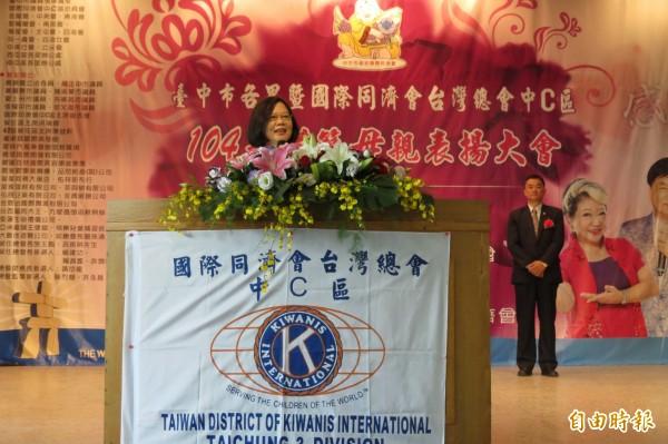 民進黨主席蔡英文表示,兩岸關係不是國共關係,不能黑箱化(記者蘇金鳳攝)