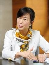 台北大學教授郝培芝認為台灣的監督、制衡總統的機制是足夠的,但因為國會怠惰沒作用,給再多方法也沒用。(圖片擷取自台北大學公共行政暨政策系官網)