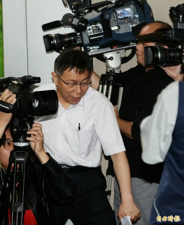 柯文哲說,富邦集團董事長蔡明忠不是壞人。(記者林正堃攝)
